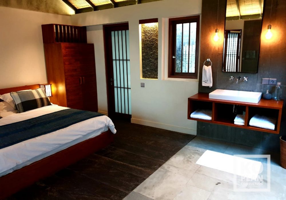 06-SARI DEWI-BEDROOM AND BATH ROOM